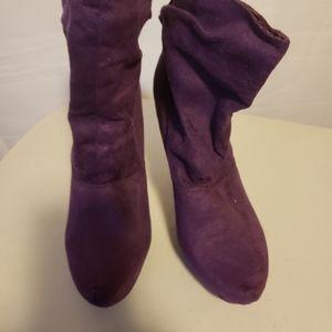 Toi et Moi Purple Suede Ankle Boots